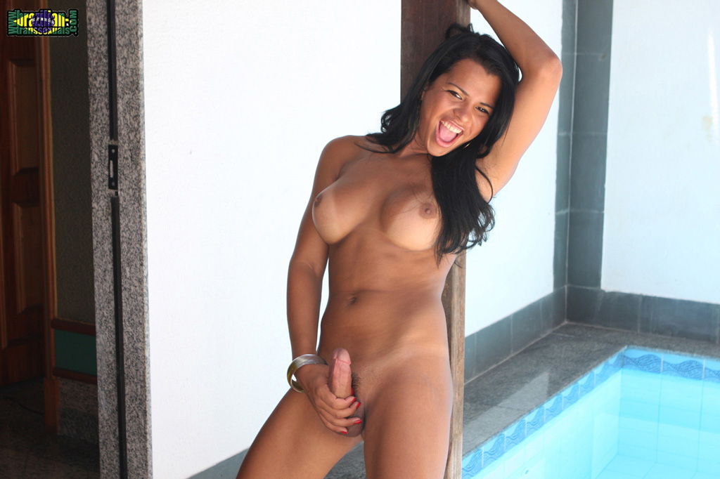 Are young brazil girl nude but not